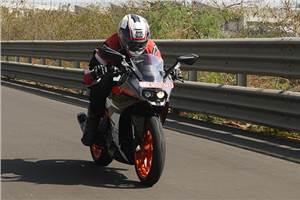 2017 KTM RC390 review, test ride