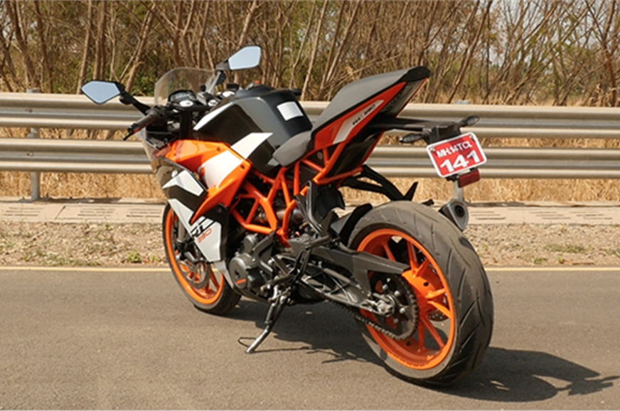 2017 ktm rc 390 review price specifications and features autocar india. Black Bedroom Furniture Sets. Home Design Ideas