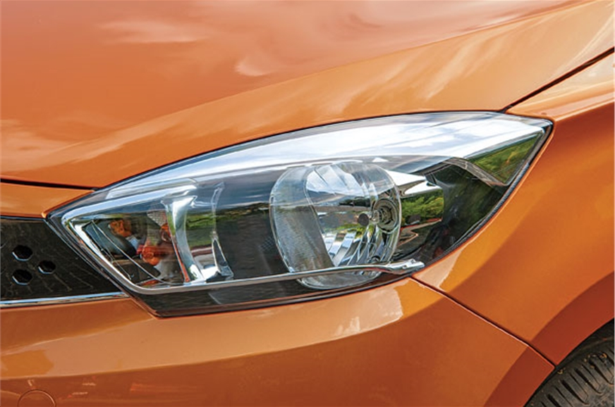 Headlamps have a broad spread and are very effective.