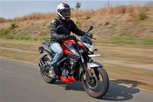 2017 Bajaj Pulsar NS200 review, test ride