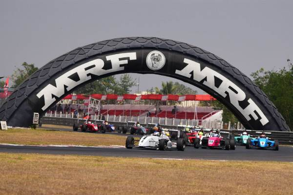 Joey Mawson leads in MRF 2000 Challenge 2016