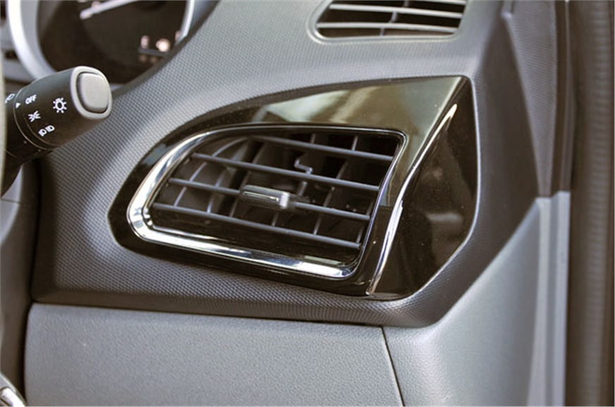 Side air-con vent surrounds can be had in body colour too.
