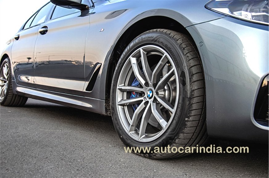 18-inch 10-spoke alloy wheels have the right balance betw...