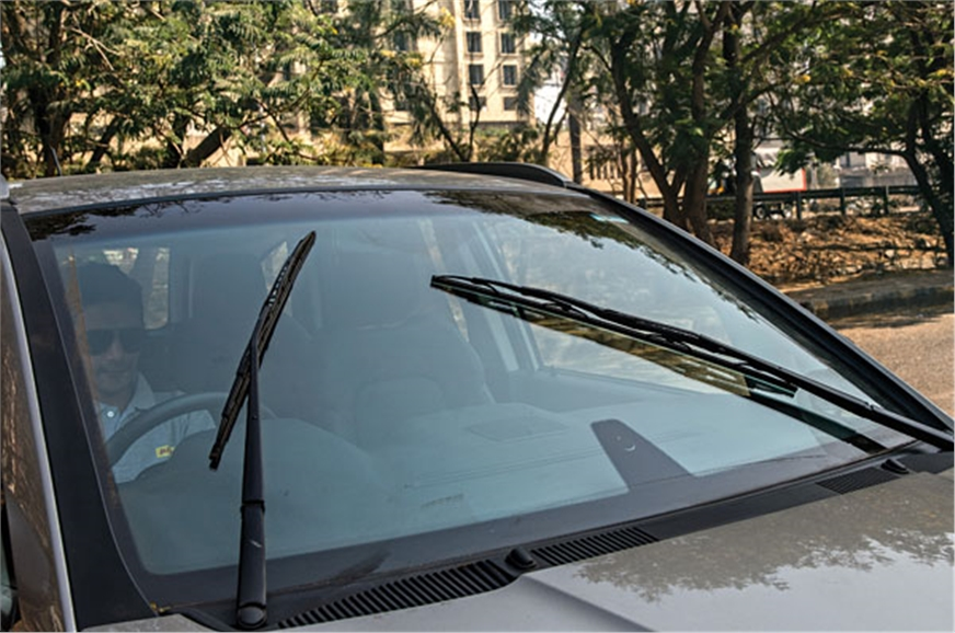 Honda Civic-like wipers swipe in opposite directions for ...