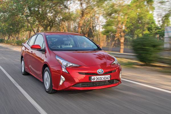 2017 Toyota Prius India review, test drive