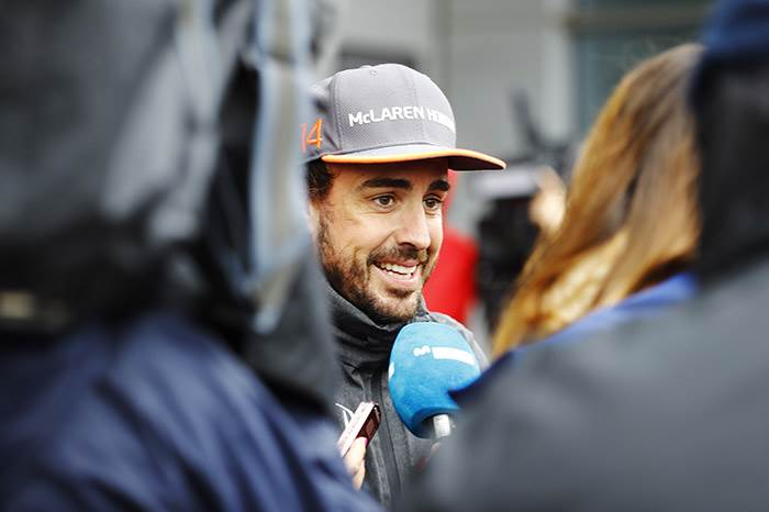 Fernando Alonso to race in 2017 Indianapolis 500