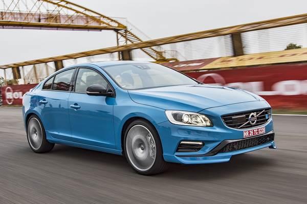 2017 Volvo S60 Polestar review, track drive