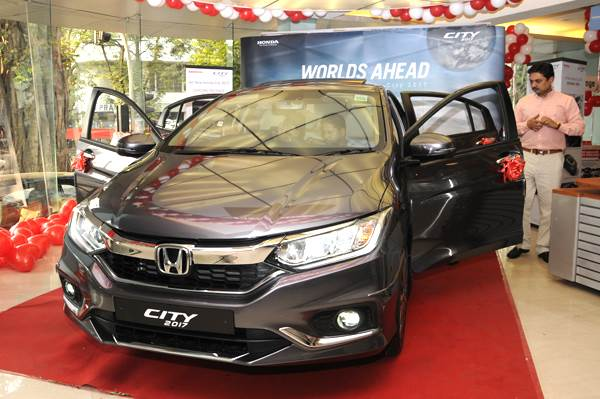 Bookings for the recently-updated City sedan have crossed 25,000 units in India.
