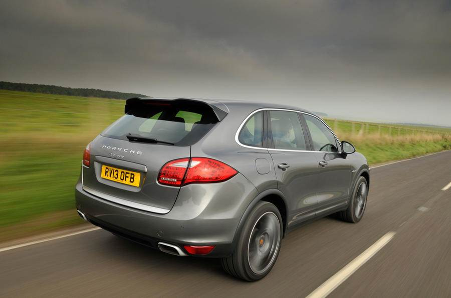 VW emission scandal: Germany orders Porsche probe