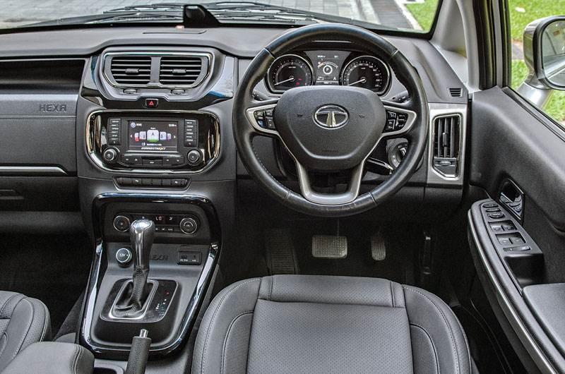 2017 Tata Hexa Automatic Vs Toyota Innova Crysta Automatic