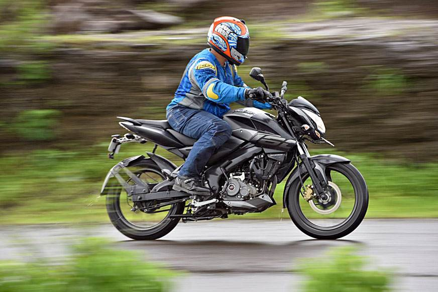 2017 Bajaj Pulsar NS160 review, test ride