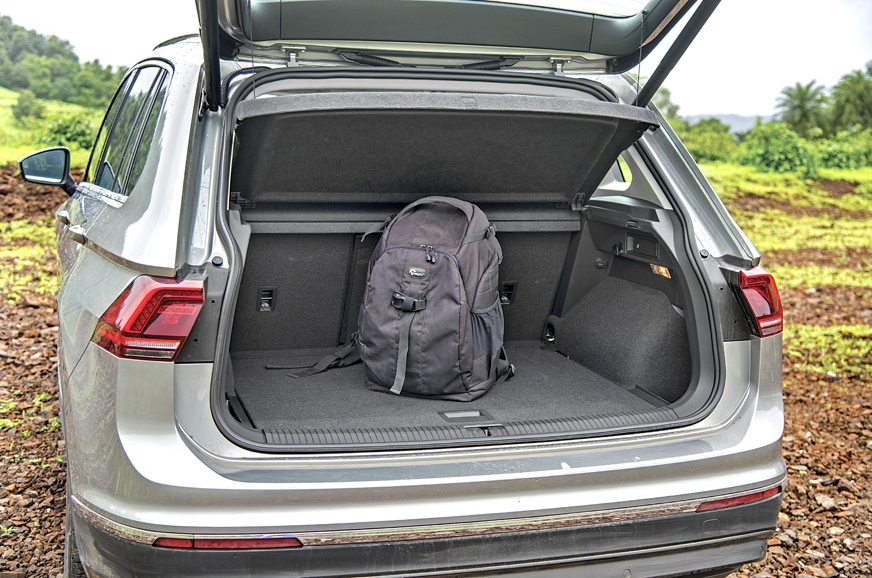 615-litre boot in the VW has a clever height-adjustable f...