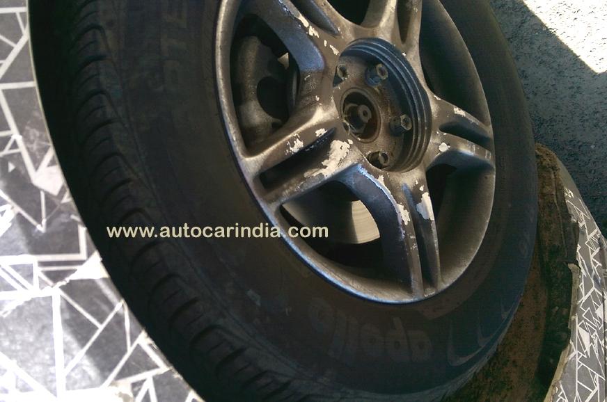 Expect four wheel disc brakes on higher trims of the Mahi...