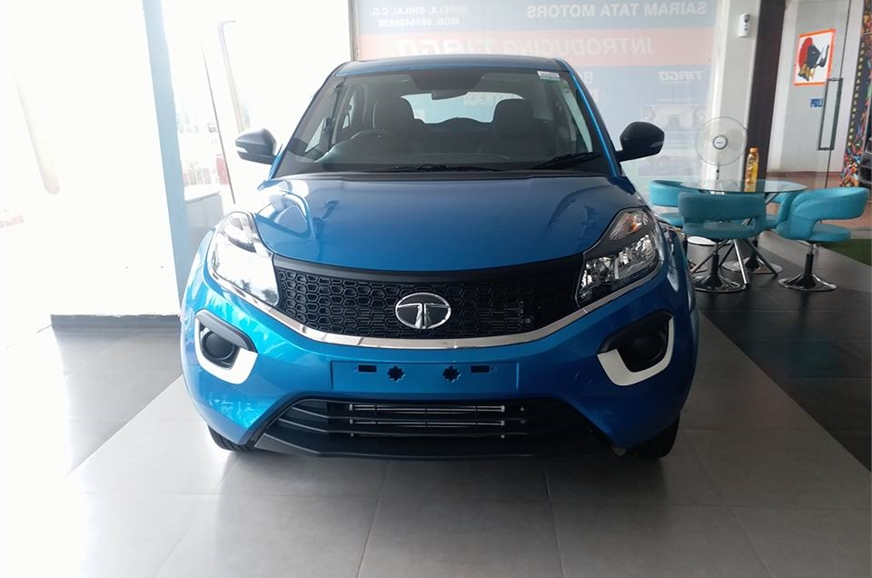 remote control car review with Tata Nexon Xe Xm And Xt Seen At A Dealership 405860 on Some Tesla Owners Pimp Their Rides With Code further Tata Nexon Xe Xm And Xt Seen At A Dealership 405860 additionally 775114 likewise 2018 BMW X3 8800b8260a0d04fe75cbfc9af26ebd21 together with 538748 2011 Mazda Cx 9 Review And Road Test.