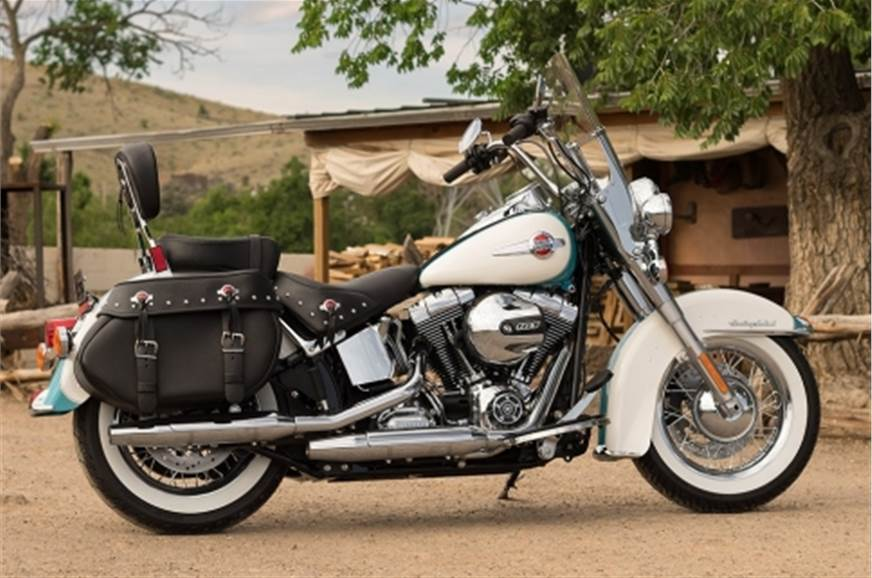 Harley-Davidson Heritage Softail Classic.