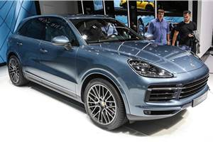 All-new Porsche Cayenne Turbo debuts at Frankfurt