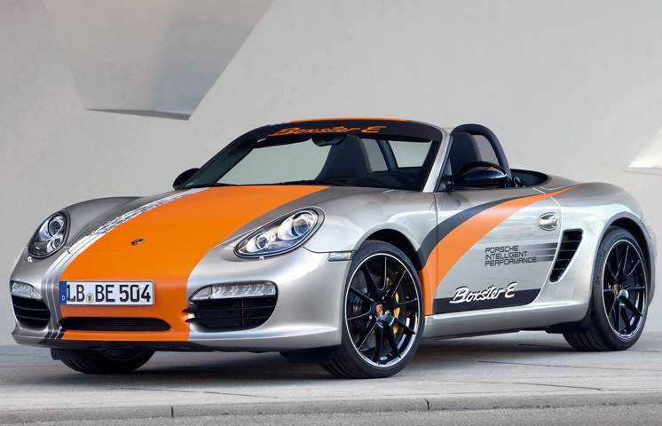 Porsche 911 and Boxster EVs to use solid-state batteries