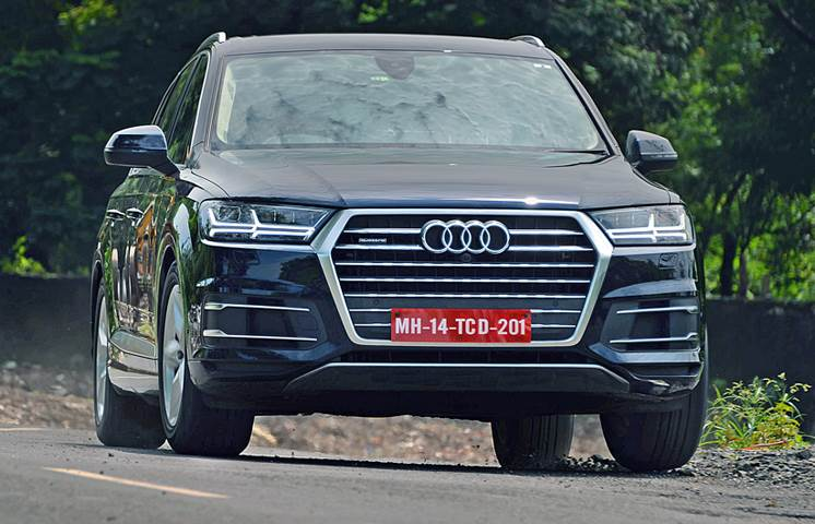 2017 Audi Q7 40 TFSI petrol review, test drive