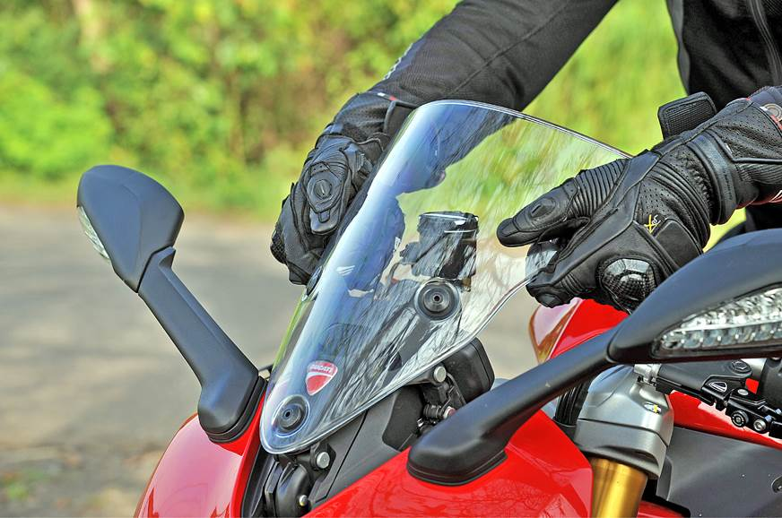 Adjustable windscreen can be manually raised by 15mm, but...