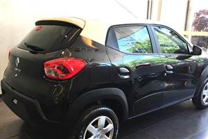 Renault Kwid with dual-tone roof revealed in Brazil