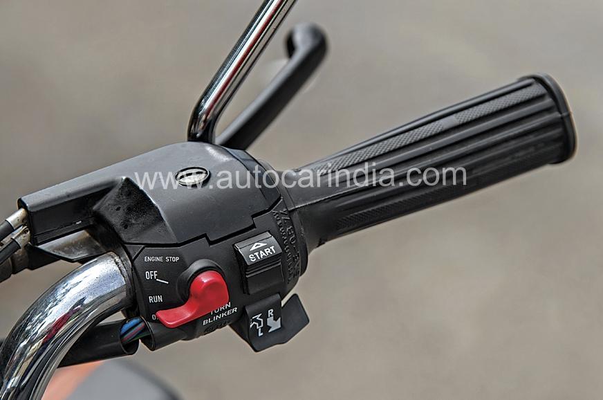 Electric start works like on any modern bike.