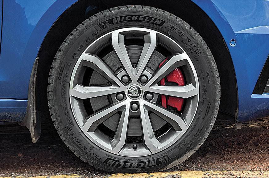 225/45 ZR17 wheels and tyres a great mix of comfort and g...