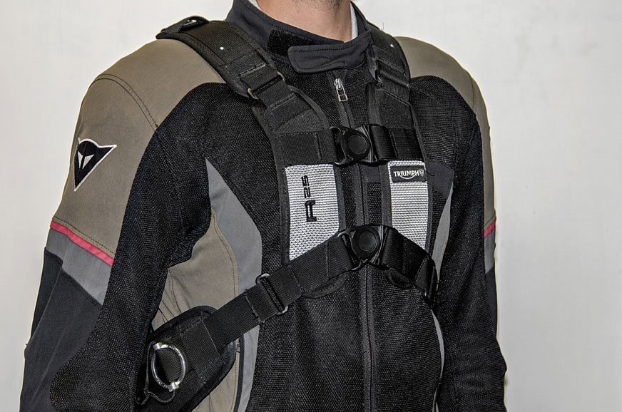 The unique chest harness system and heavily padded back m...