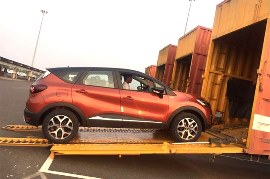 Renault has begun dispatching the Captur to its dealershi...