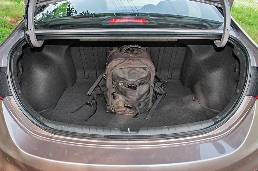 480-litre boot can hold plenty. Hands-free boot opening a...