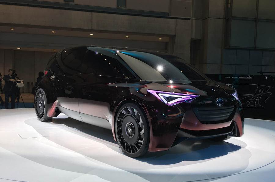Toyota Fine-Comfort Ride unveiled at Tokyo