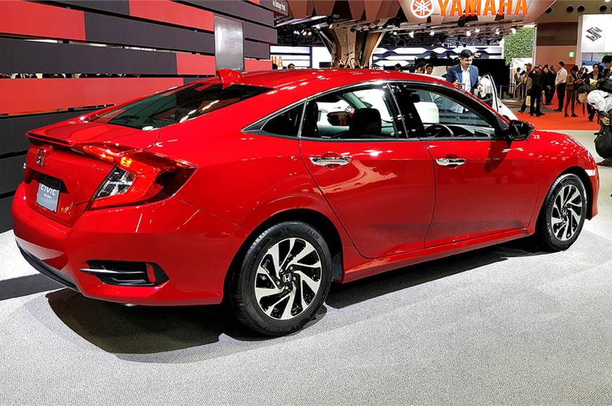 Honda will bring the refreshed version of the Civic to In...