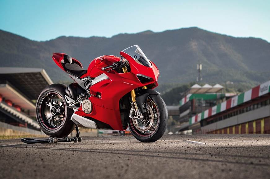 All-new Ducati Panigale V4 range unveiled