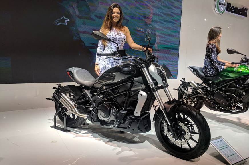 The xDiavel-inspired Benelli 402S.