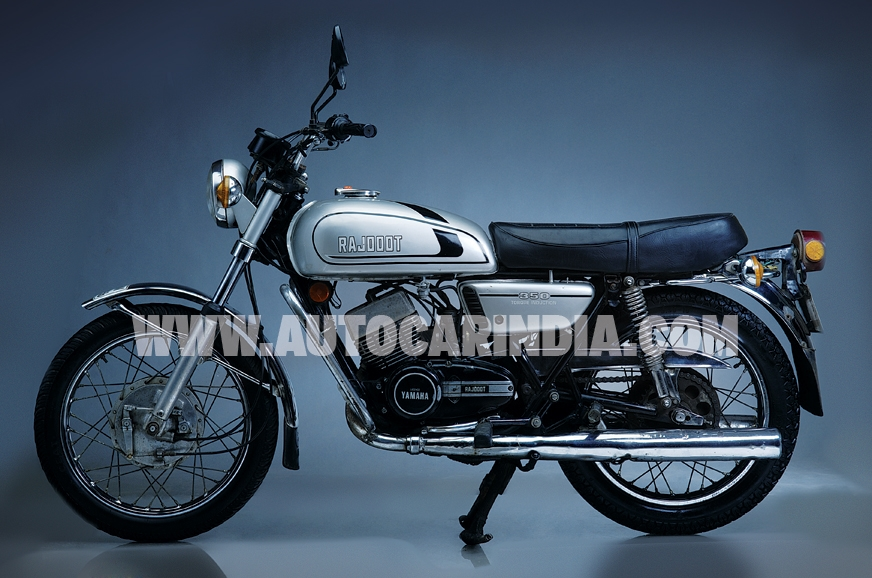 The front disc was given the axe in the Indian RD350 to s...