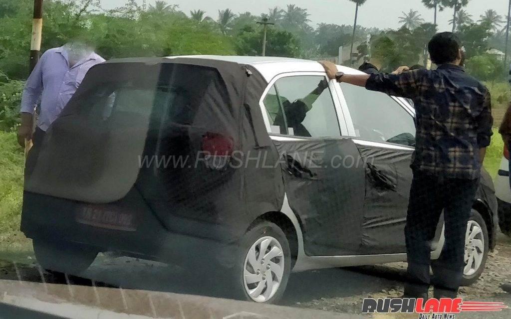 New Hyundai hatchback spied