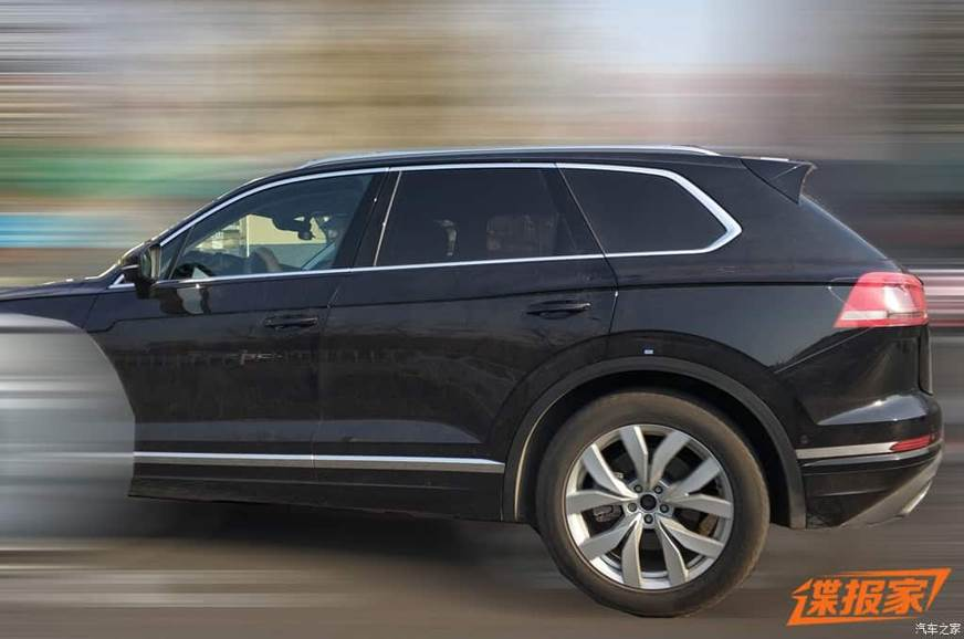 gen volkswagen touareg spied  china autocar india