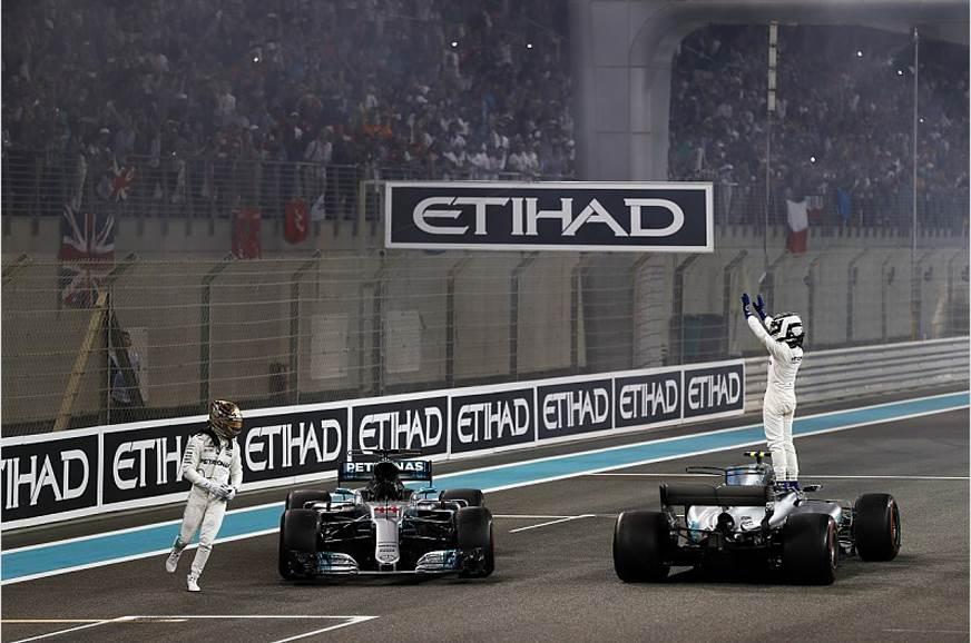 Valtteri Bottas wins from pole at Abu Dhabi