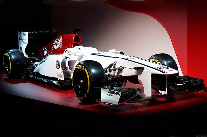 Sauber showcases Alfa Romeo livery for 2018 F1 season