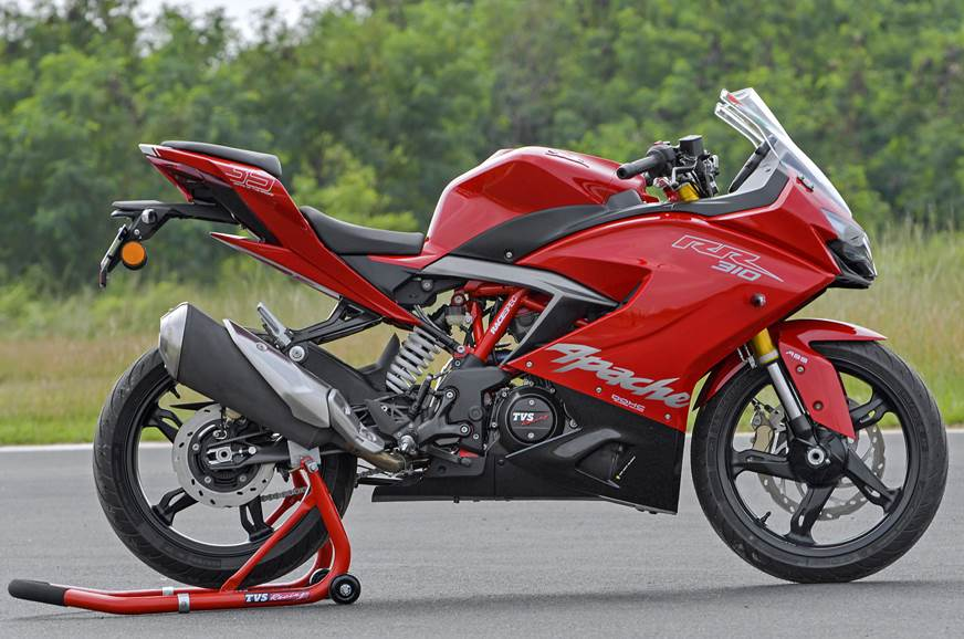 In profile, the Apache RR 310 looks quite similar to TVS'...