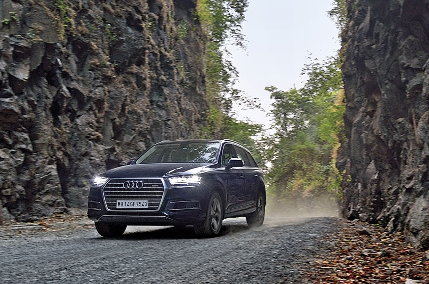 This petrol Q7 gets 252hp and 370Nm under the bonnet, mat...