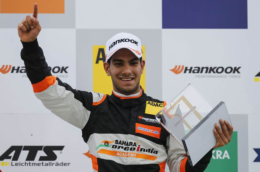 Daruvala to continue with Carlin in F3