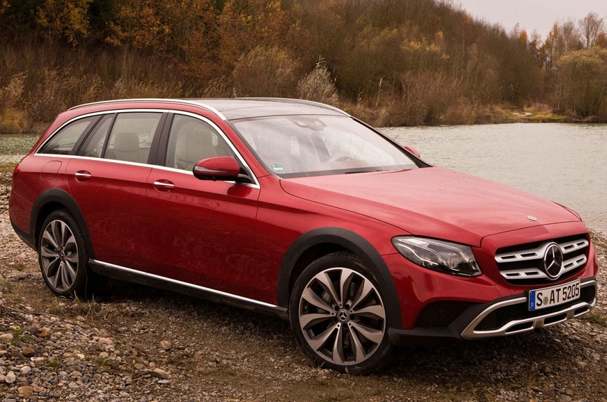 The rugged, estate bodystyle E-class All-Terrain.
