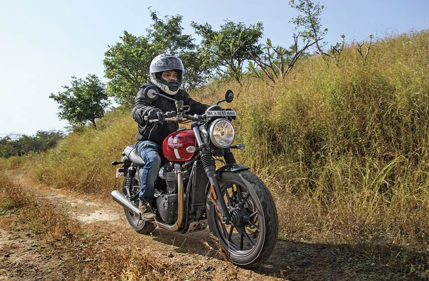 2017 Triumph Street Twin long term review, first report