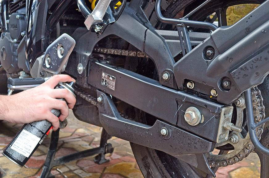 Only apply chain lubricant to the clean chain.