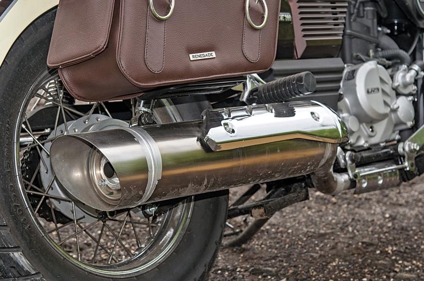 Removable decibel killer gives the bike a throatier exhau...