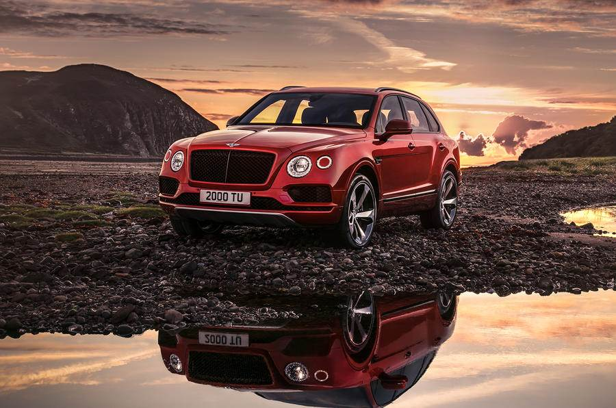 2018 Bentley Bentayga V8 revealed