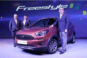 2018 Ford Freestyle cross-hatch revealed