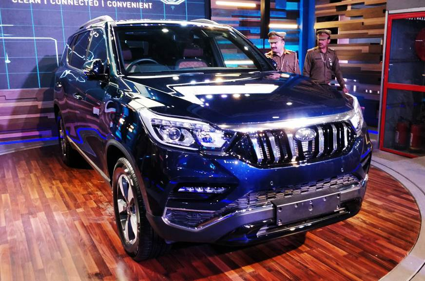 Mahindra Rexton revealed at Auto Expo 2018