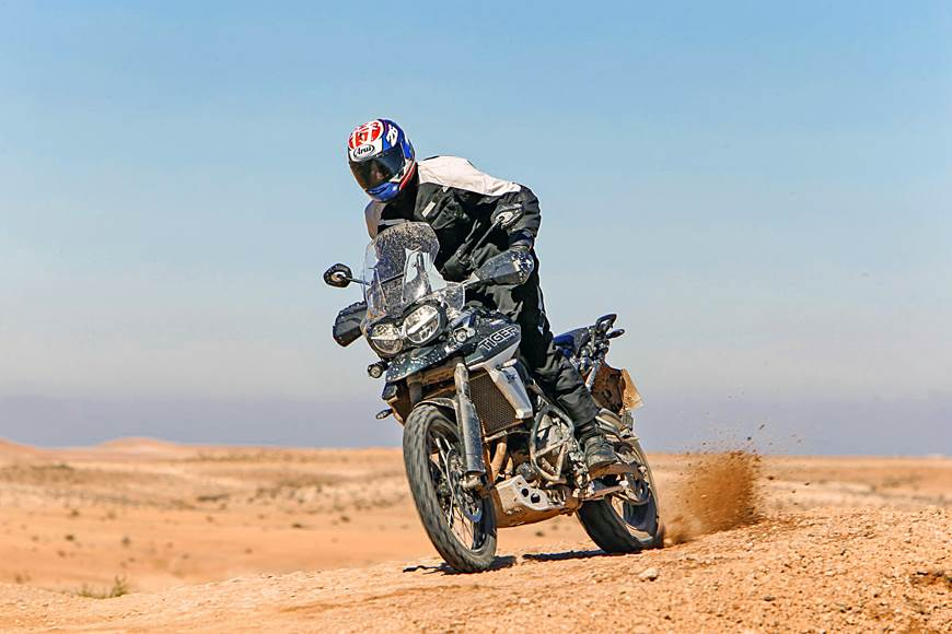 2018 Triumph Tiger 800 review, test ride