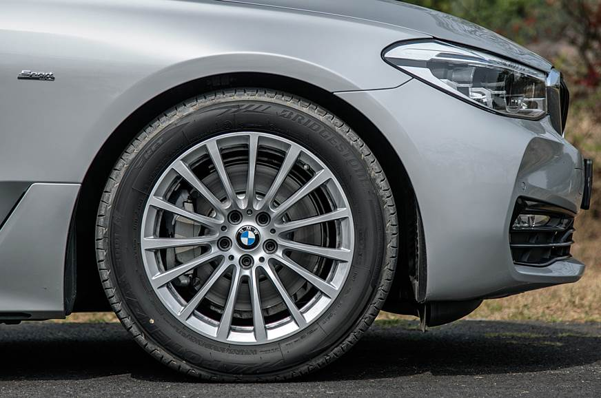 Standard 18-inch wheels look a bit small on such a large ...